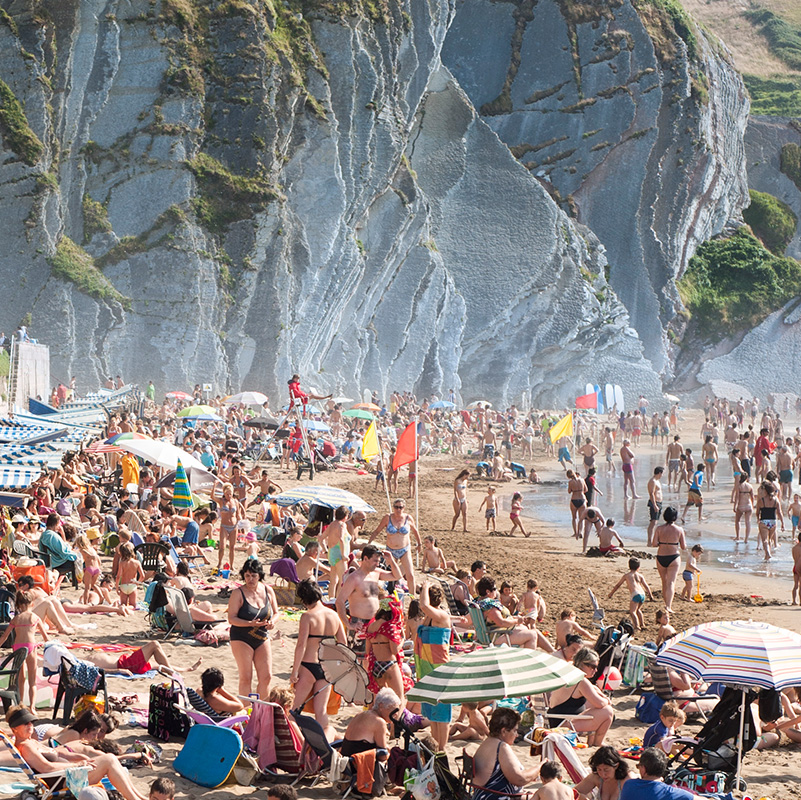 Playa de Itzurun, Zumaia by Jose Camacho